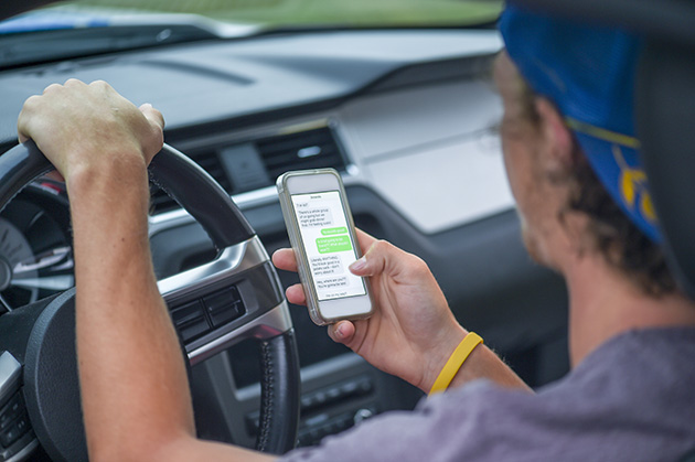 Ontario Distracted Driving Laws – AARO